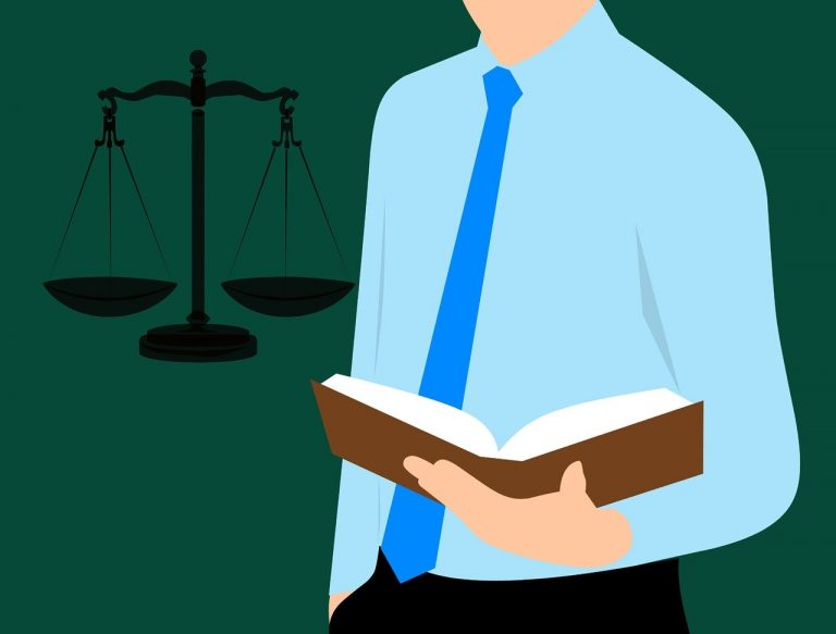 איש משפטים